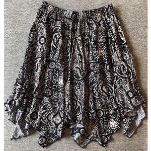 Abercrombie & Fitch Skirt Handkerchief BW Paisley